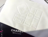 CHANEL косметичка